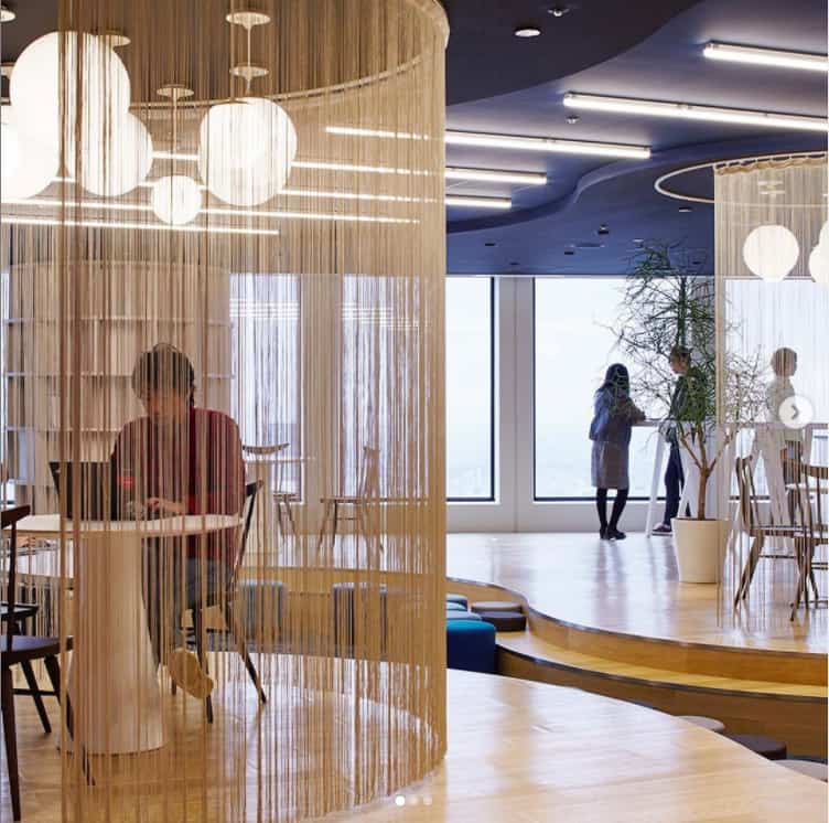 Office Design 2022 With Panoramic Windows